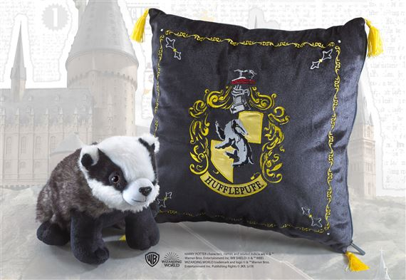 Hufflepuf House Plush and Cushion - Harry Potter